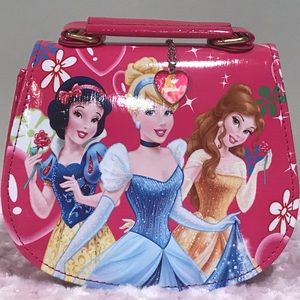 Disney Princess Purse with Matching Necklace NEW!